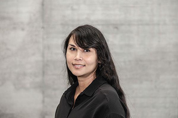 Porträtbild Tina Schnurrenberger